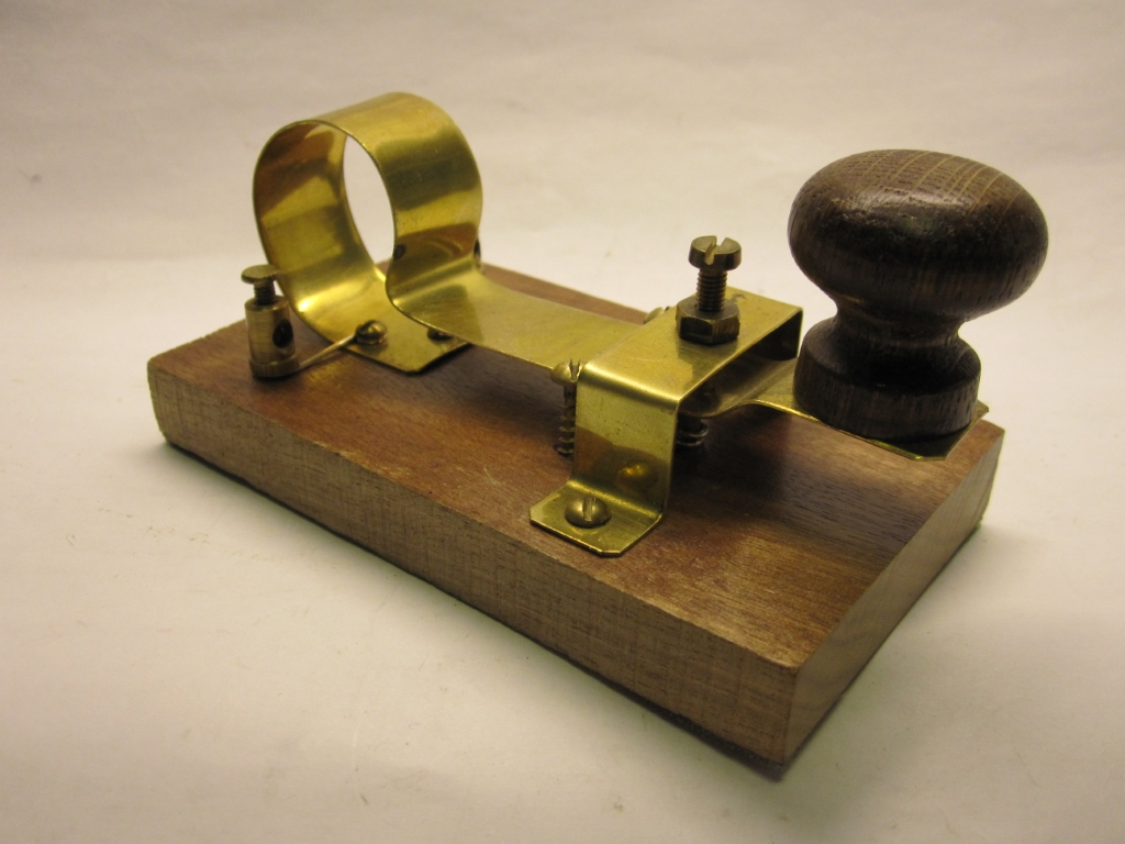 OH6NT telegraph key collection